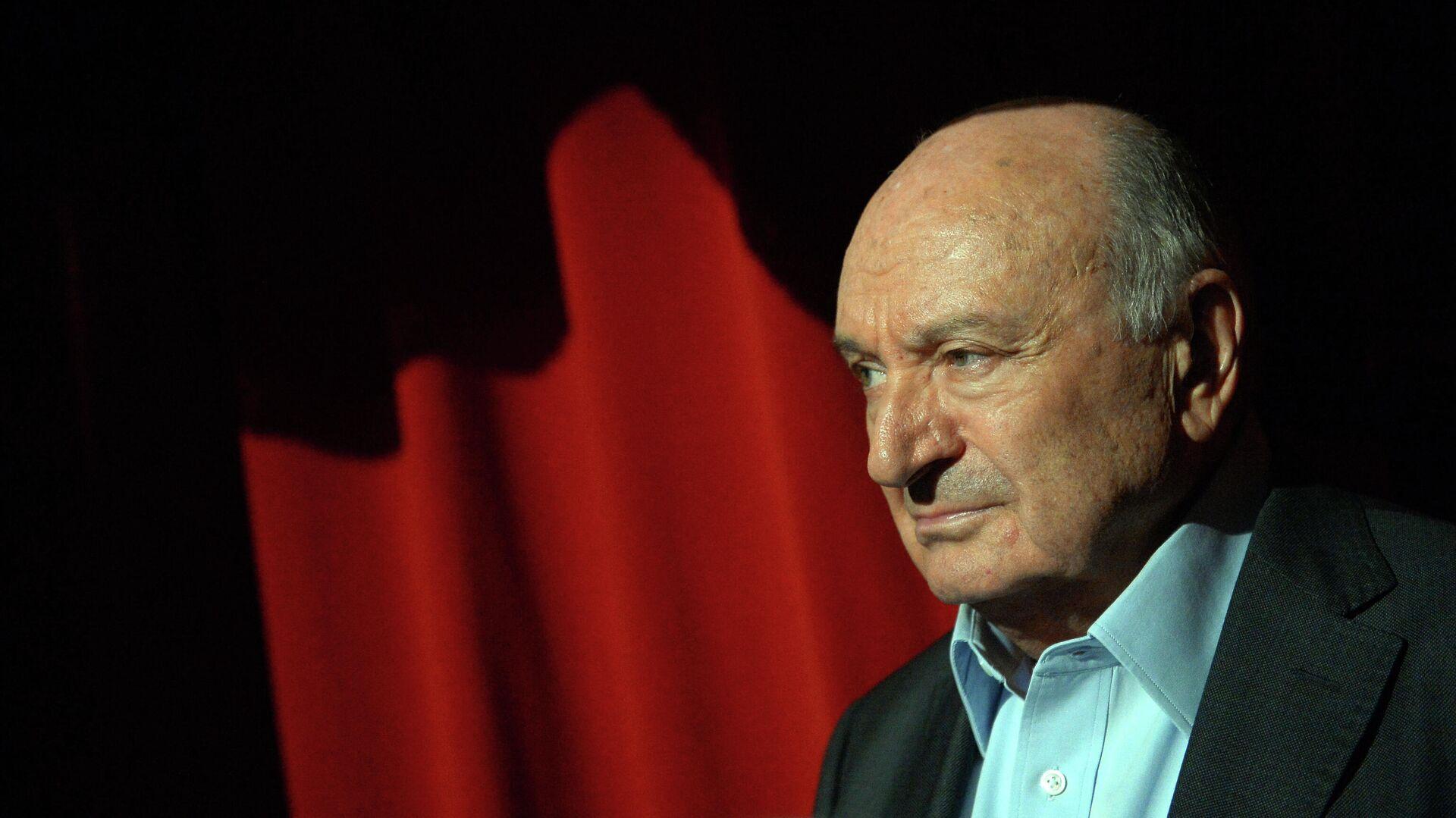 Причина смерти легендарного писателя-сатирика Михаила Жванецкого