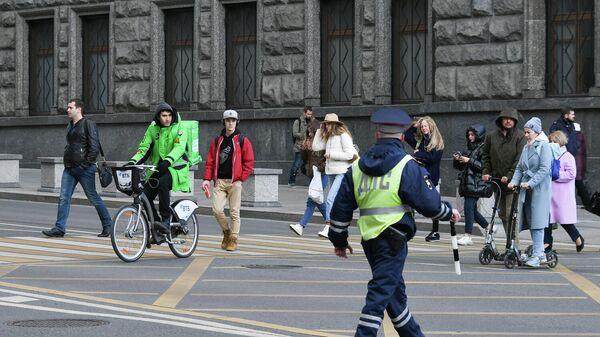 Пешеходный переход на одной из улиц в Москве