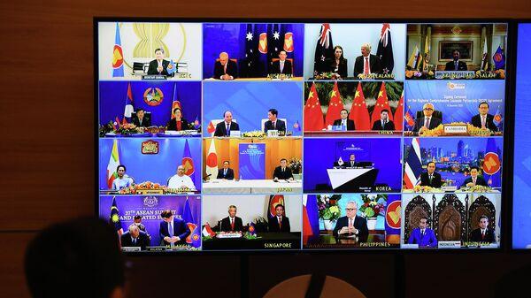 Представители стран участников саммита АСЕАН в Ханое