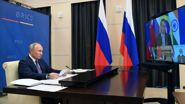 Президент РФ Владимир Путин принимает участие в XII саммите БРИКС в режиме видеоконференции