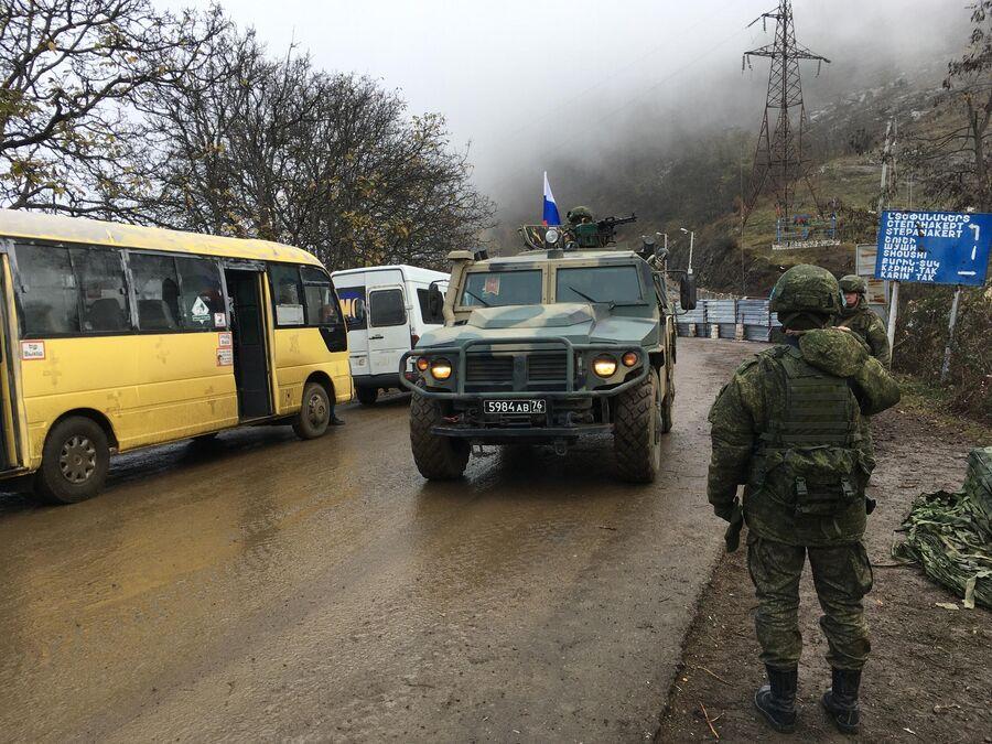 Путин оценил работу миротворцев в Карабахе