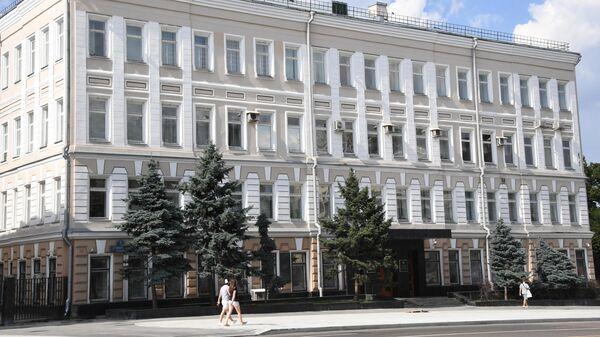 Здание Федерального агентства по печати и массовым коммуникациям на Страстном бульваре в Москве