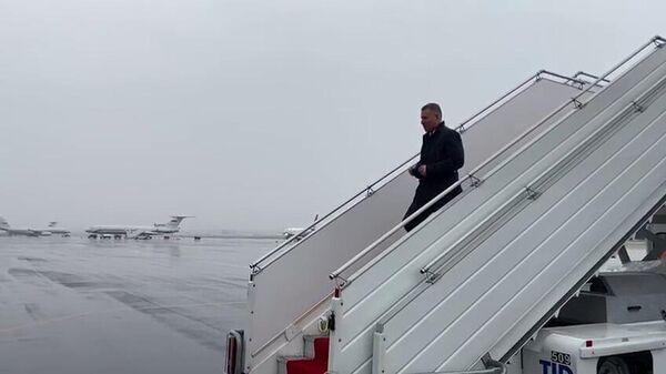 Министр МЧС России Евгений Зиничев прибыл в Республику Армения в составе межведомственной комиссии для обсуждения гуманитарных задач