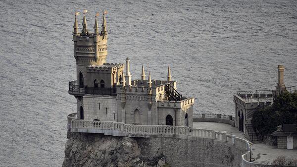 Завершена реконструкция дворца-замка Ласточкино гнездо вблизи Ялты