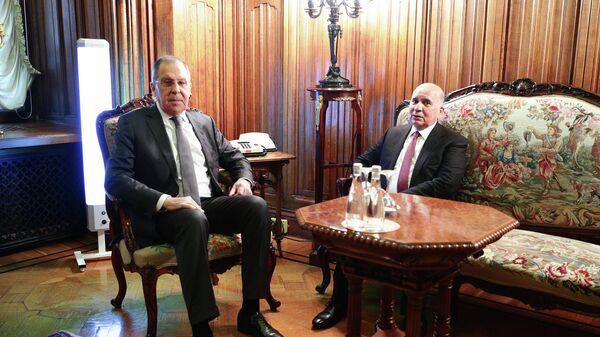 Министр иностранных дел РФ Сергей Лавров и министр иностранных дел Ирака Фуад Мухаммед Хусейн во время встречи в Москве