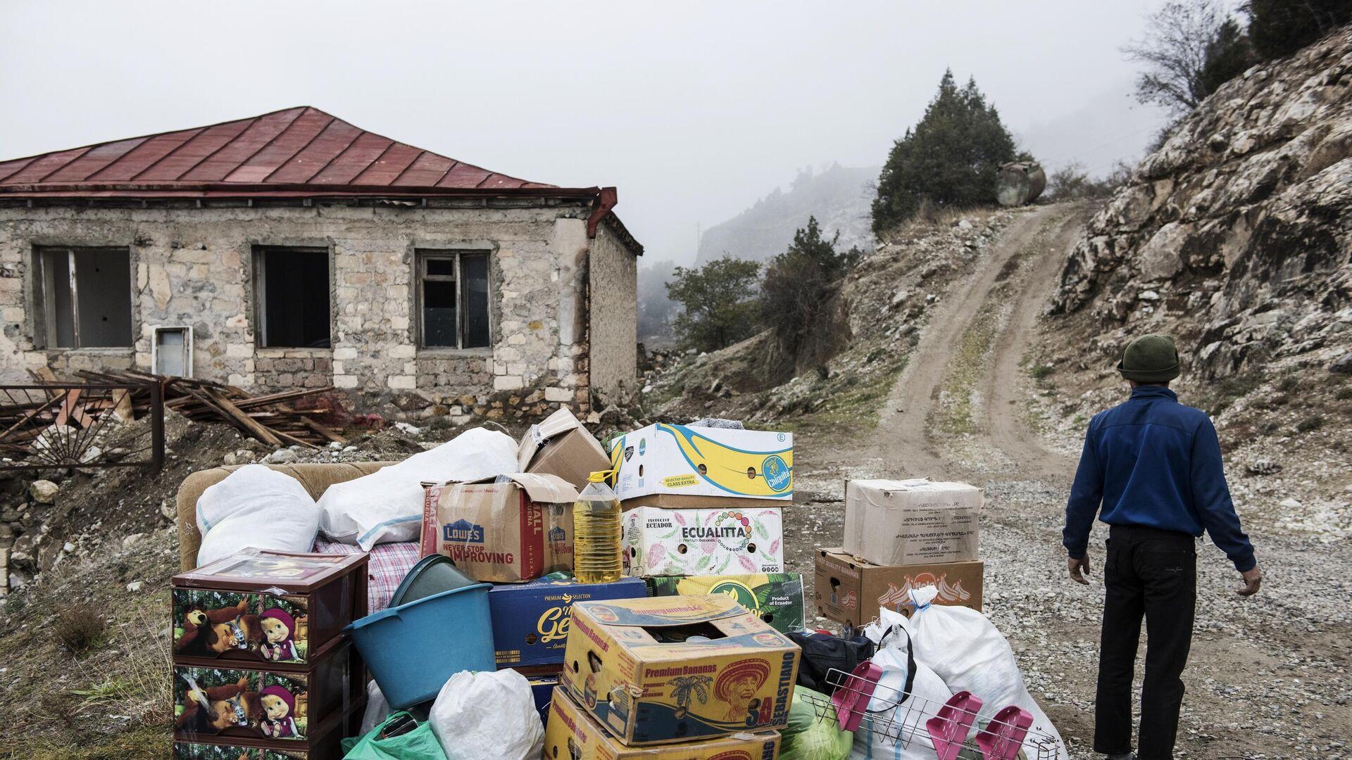 В Нагорный Карабах за сутки вернулись 316 беженцев