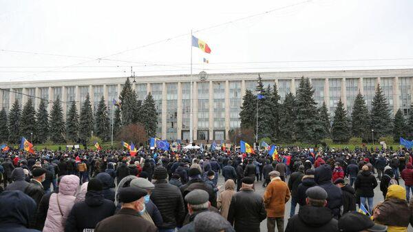 Митинг в Кишиневе, происходящий 6 декабря