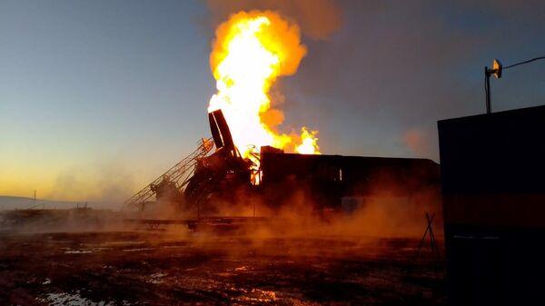 Пожар в Оренбургской области на нефтяной скважине Таллинского месторождения — 2