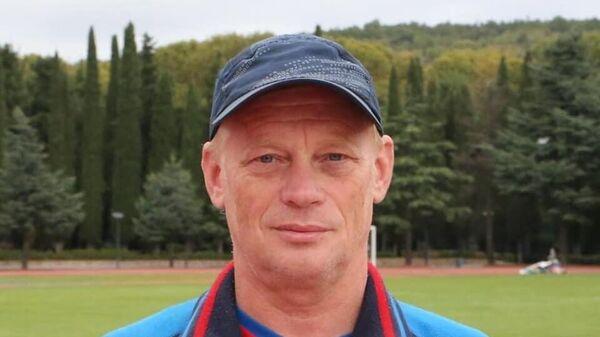 Сергей Карачаров
