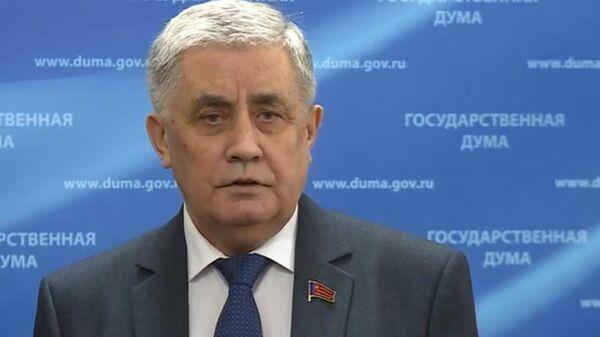 Первый заместитель председателя комитета Государственной Думы РФ по бюджету и налогам Валентин Шурчанов