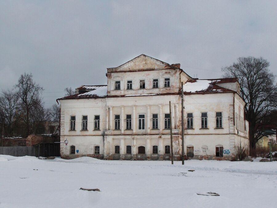 Зимин двор