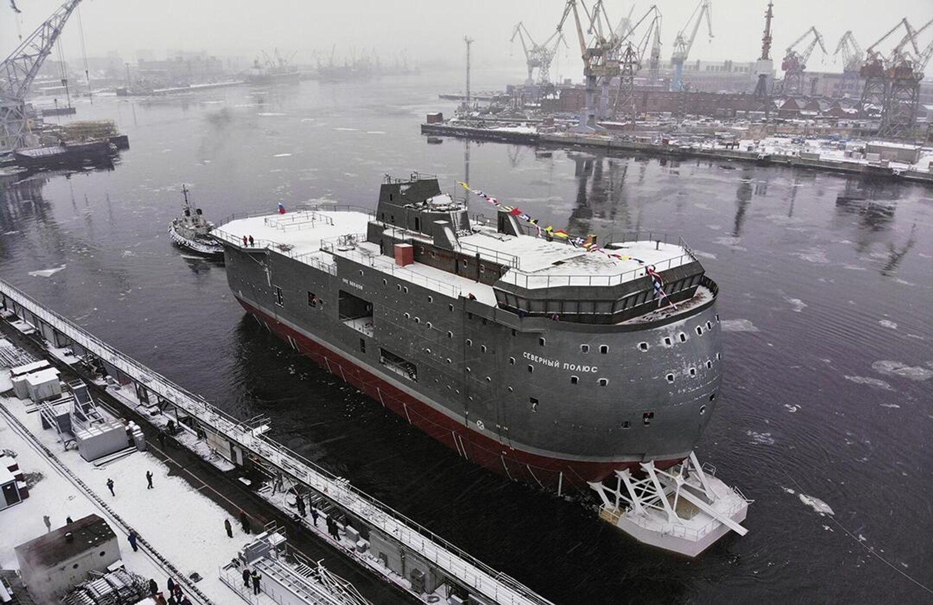Спуск на воду ЛСП Северный полюс в Санкт-Петербурге - РИА Новости, 1920, 30.12.2020
