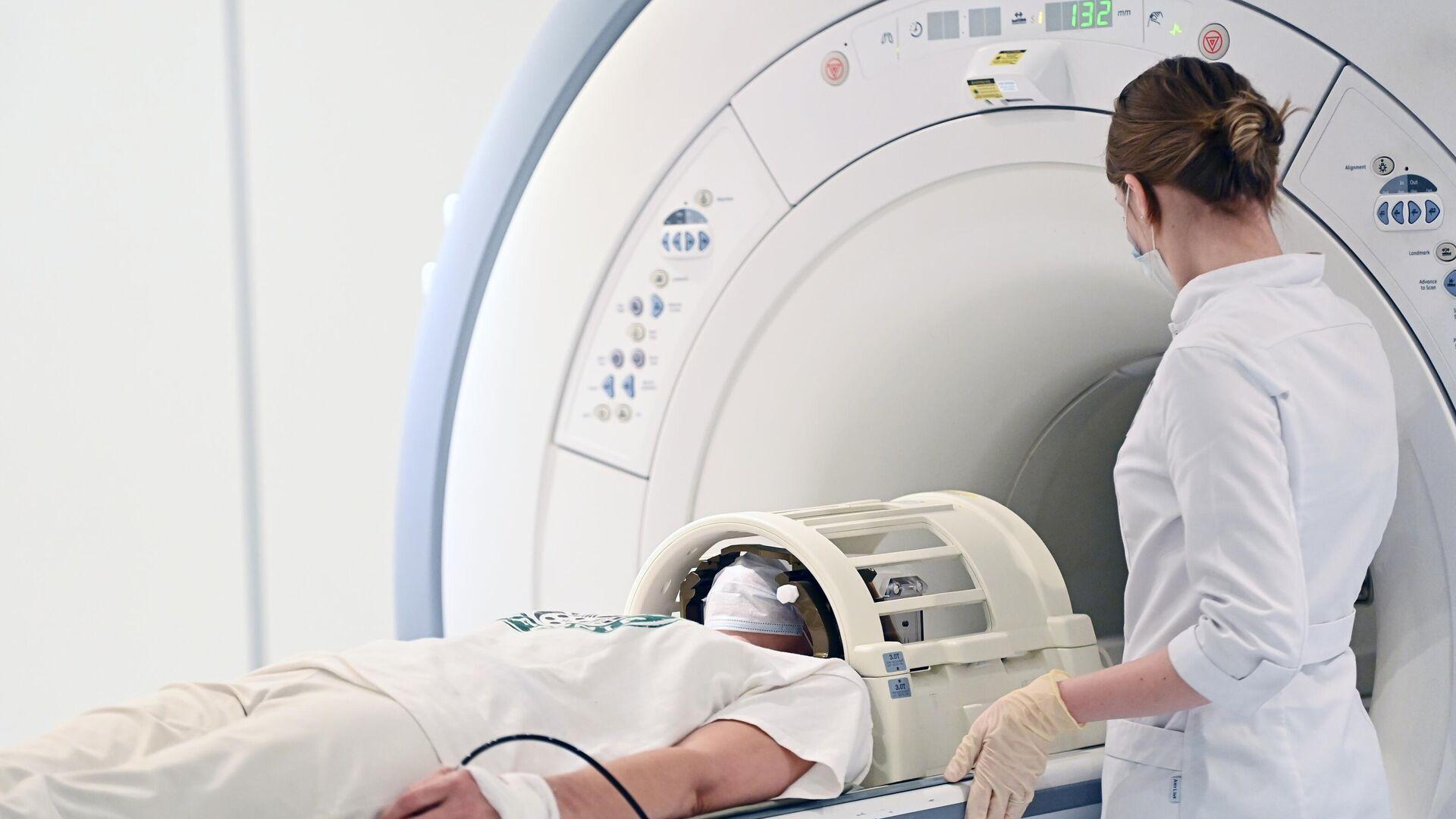 Главный онколог Минздрава рассказал, как не пропустить у себя рак