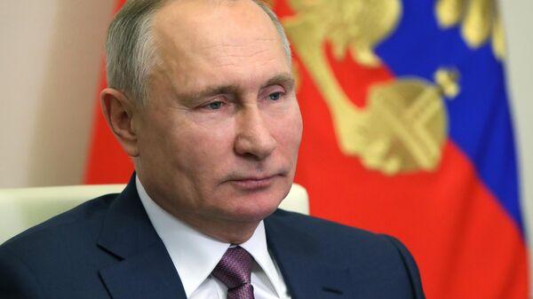 Президент РФ Владимир Путин поздравил членов правительства РФ с наступающим Новым годом