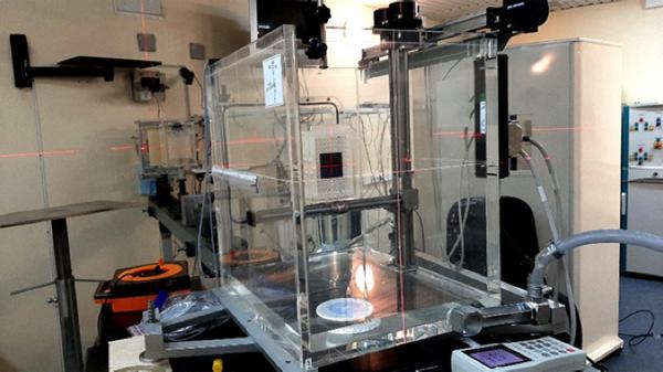 Установка ИЯИ РАН для флэш-терапии in vitro