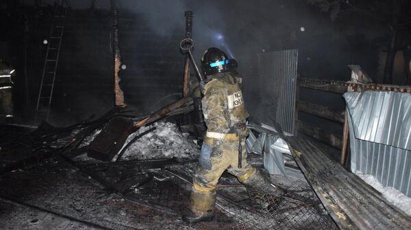 Ликвидация пожара в частном доме в поселке Боровский Тюменского района
