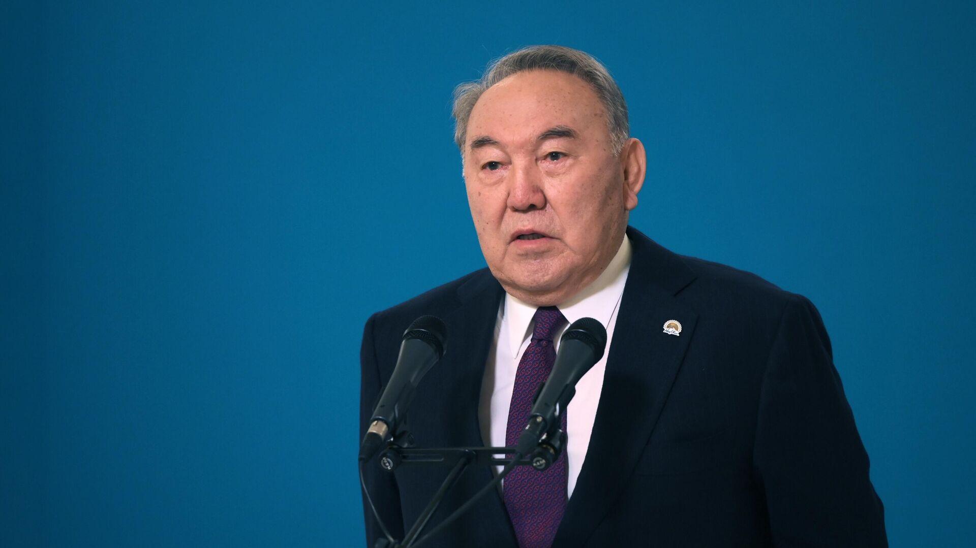 """Назарбаев поздравил """"Единую Россию"""" с победой на выборах в Госдуму"""