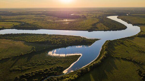 Река Ока в районе деревни Дубровка в Рязанской области