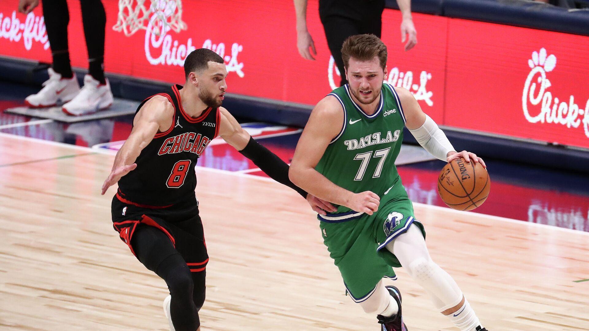 Баскетболист Даллас Мэверикс Лука Дончич (справа) - РИА Новости, 1920, 18.01.2021