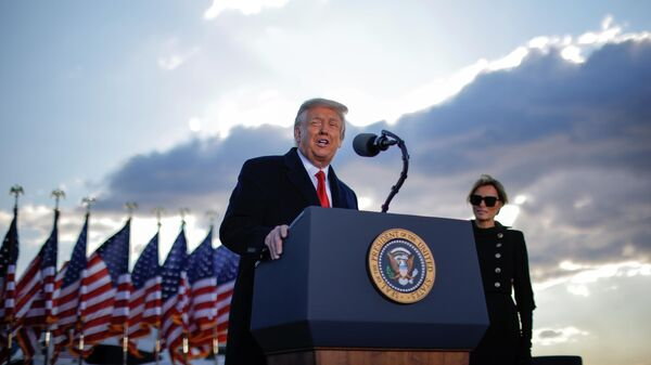 Президент США Дональд Трамп во время выступления на базе Эндрюс, штат Мэриленд