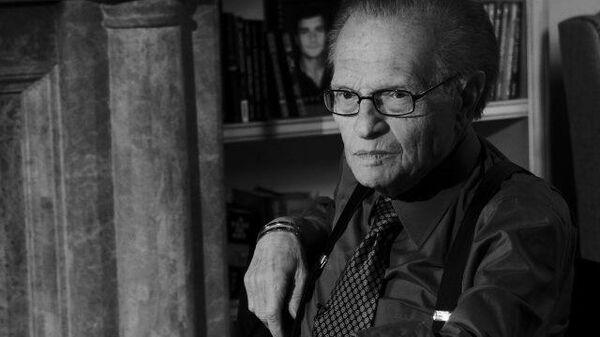 Умер легендарный телеведущий Ларри Кинг