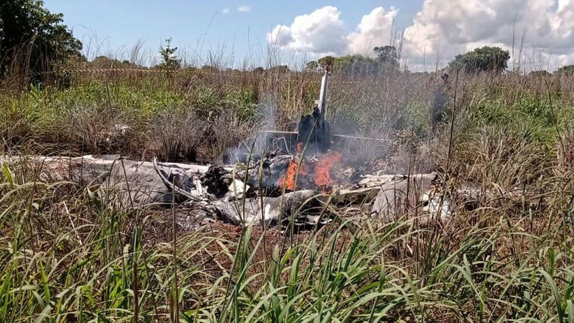 Фото с места крушения легкомоторного самолета, в котором погибли футболисты бразильского клуба Пальмас - РИА Новости, 1920, 24.01.2021