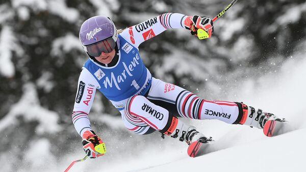 Французская горнолыжница Тесса Ворле