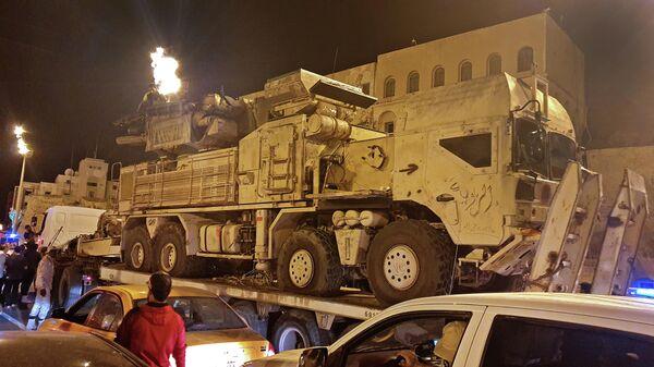 Самоходный зенитный ракетно-пушечный комплекс Панцирь-С1 в Триполи