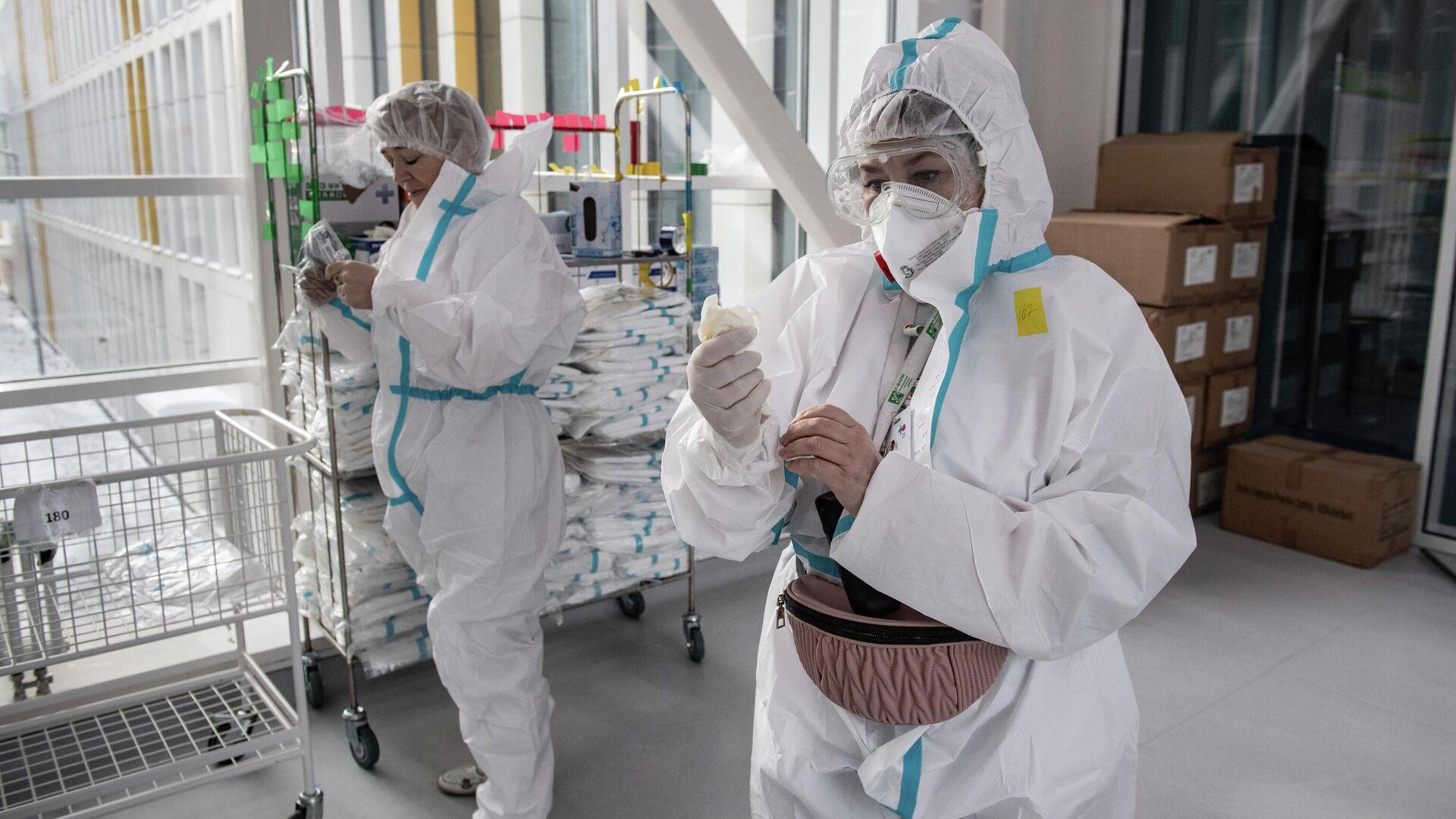 В России впервые с октября выявили менее 12 тысяч случаев COVID-19