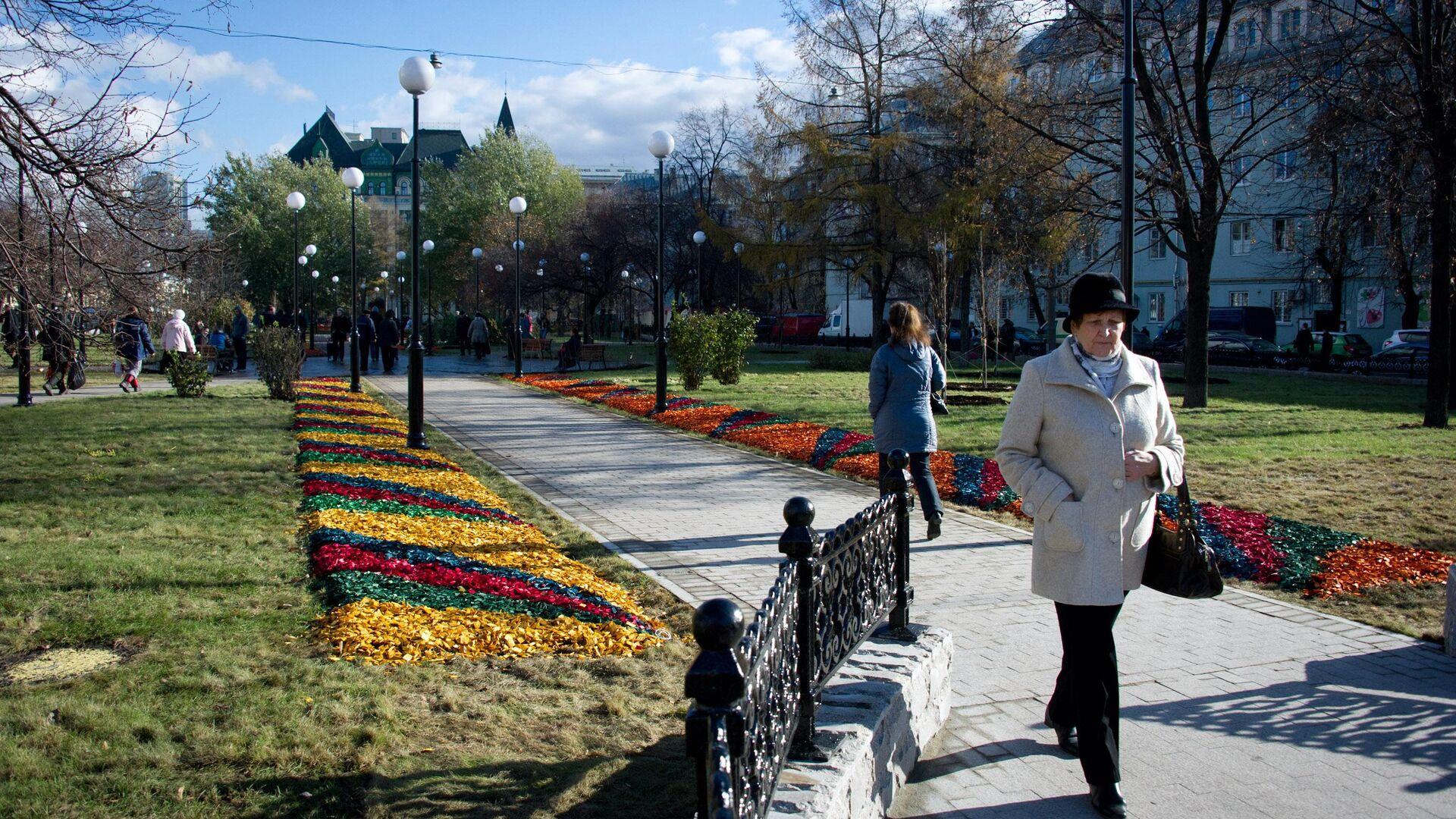 Сквер на Сухаревской площади - РИА Новости, 1920, 09.02.2021