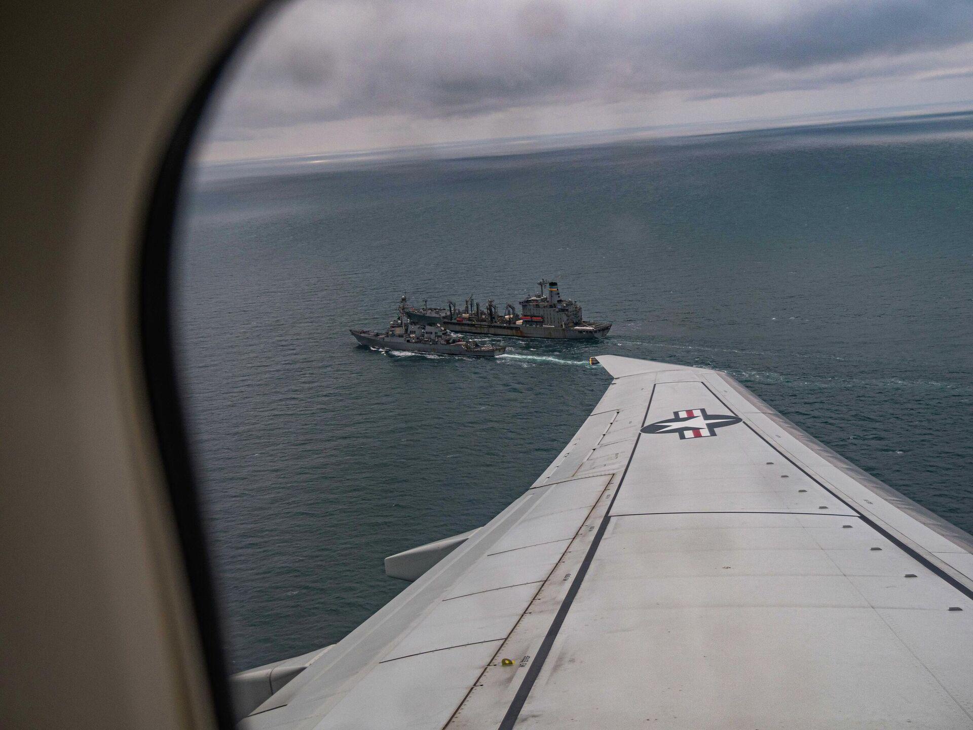 Эсминец ВМС США Портер во время дозаправки в Черном море - РИА Новости, 1920, 23.06.2021