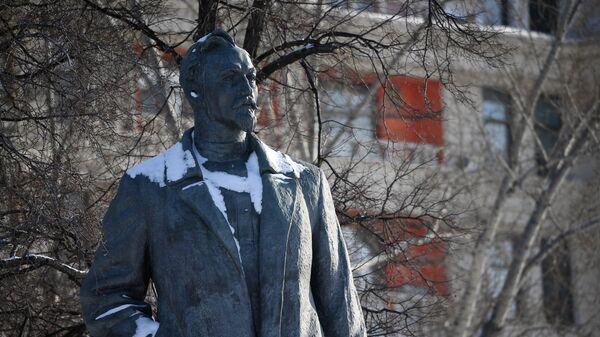 Памятник Феликсу Дзержинскому (скульптор Е. В. Вучетич, 1958 г.) в парке искусств Музеон в Москве