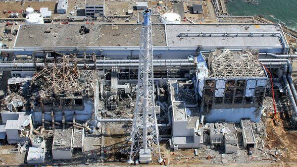 Аэрофотоснимок атомной электростанции Фукусима-1 в префектуре Фукусима. 24 марта 2011 года