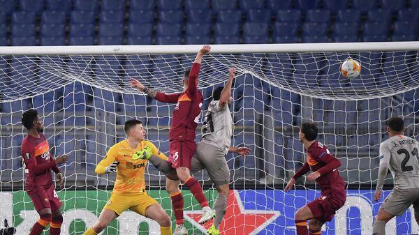 Игровой момент матча Рома — Шахтер