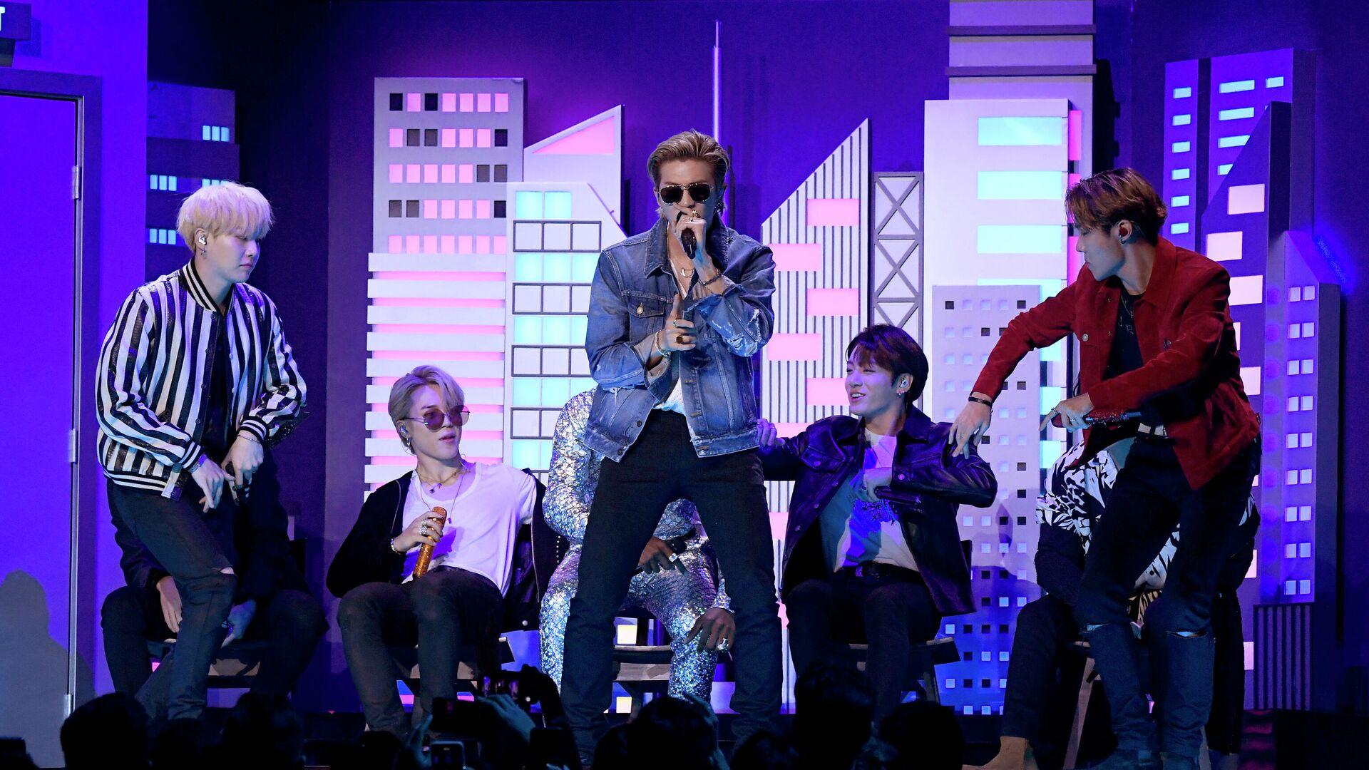 "Трек ""Dynamite"" группы BTS побил рекорд вирусного хита ""Gangnam style"""