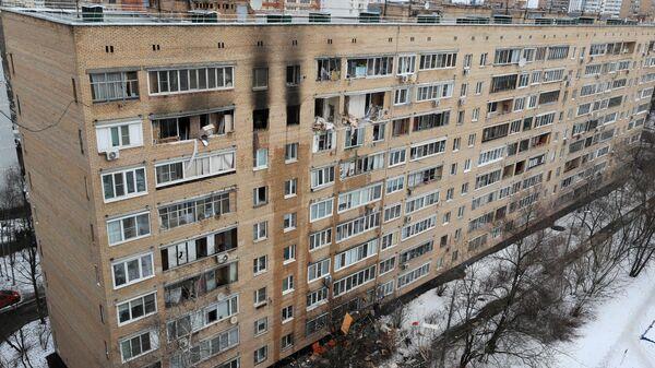 Последствия взрыва в жилом доме на улице Зеленой в Химках