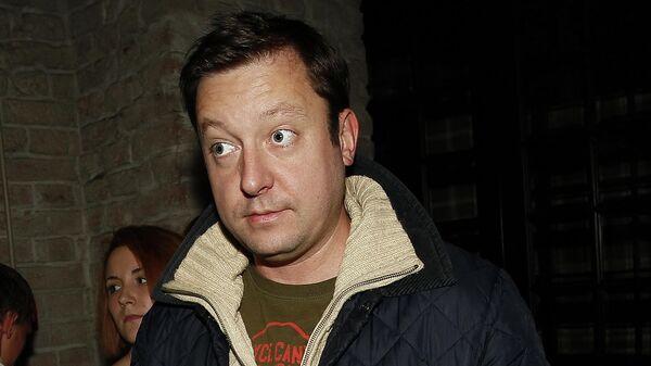 Телеведущий Петр Фадеев на вечеринке