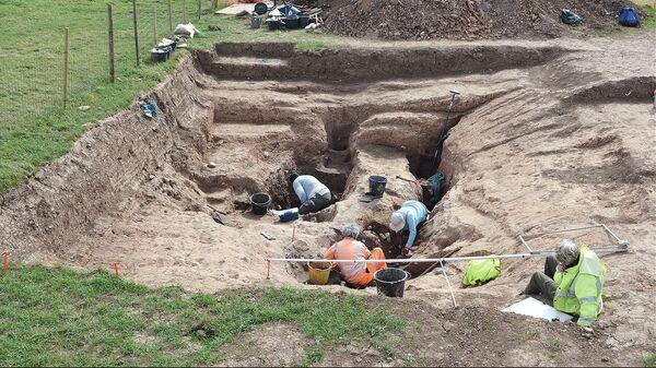 Раскопки в Стрит Хаус в Северном Йоркшире, Великобритания