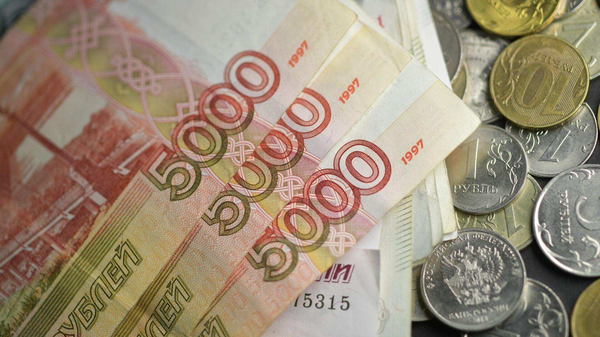 Гендиректор якутской компании год не платил зарплату работникам