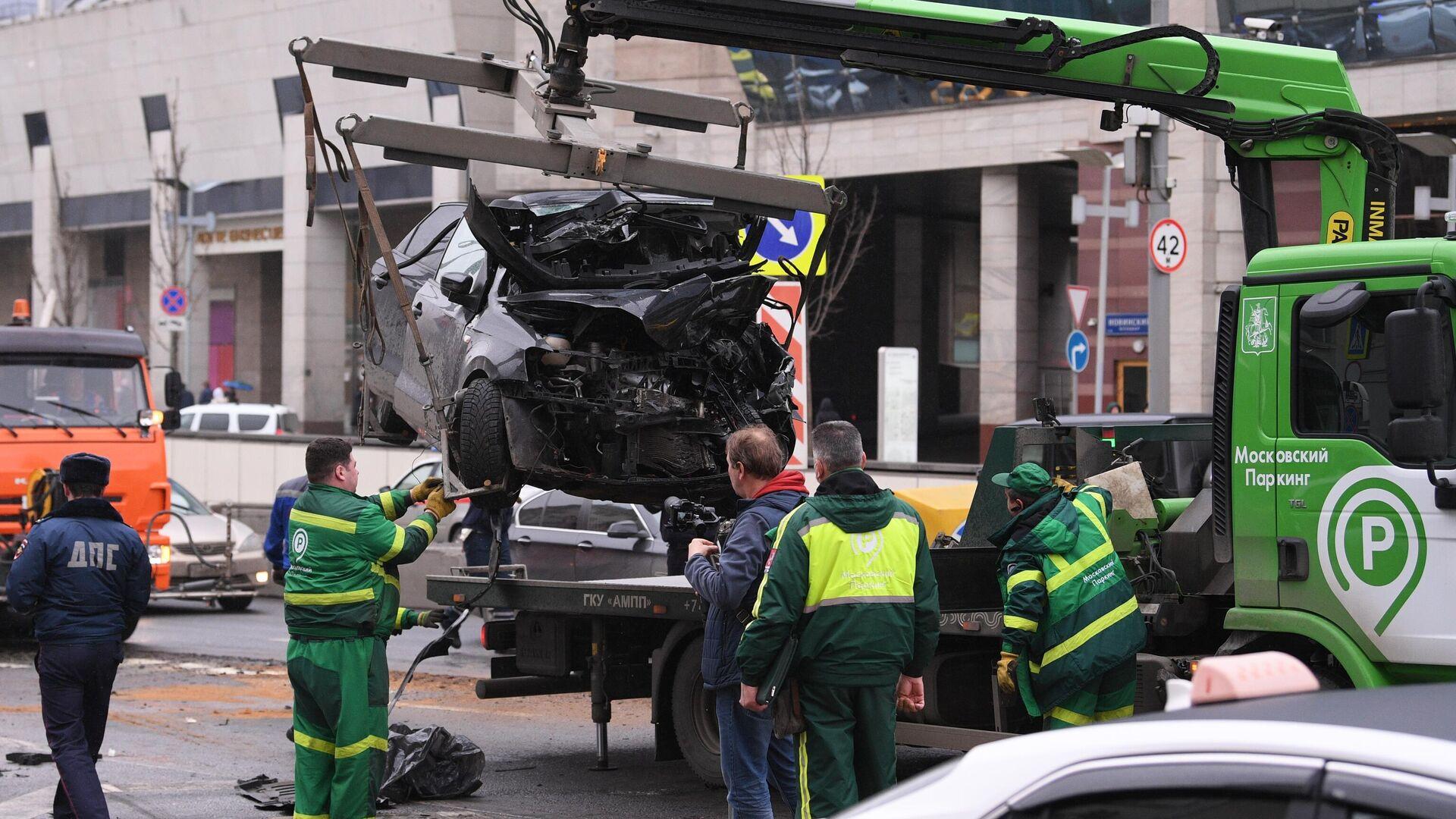 Audi, попавший в ДТП на Садовом, не поставили на учет после покупки