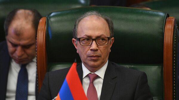 Глава МИД Армении напомнил об обязательстве Азербайджана вернуть пленных