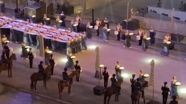 Мумии 22 египетских фараонов торжественно перевозят в новый музей в Каире. Кадры церемонии