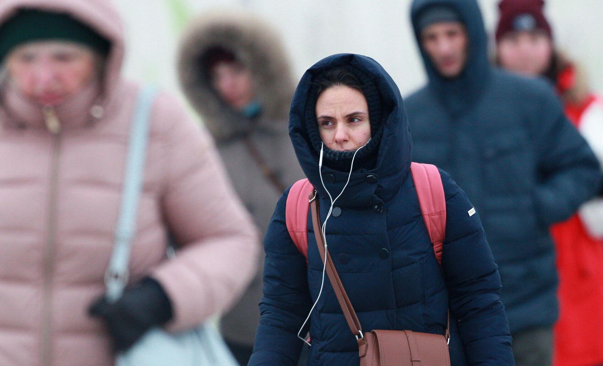 Люди на одной из улиц в Москве - РИА Новости, 1920, 05.04.2021