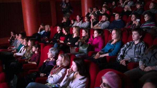 Около ста фильмов на социальные темы покажут на кинофоруме Шередарь