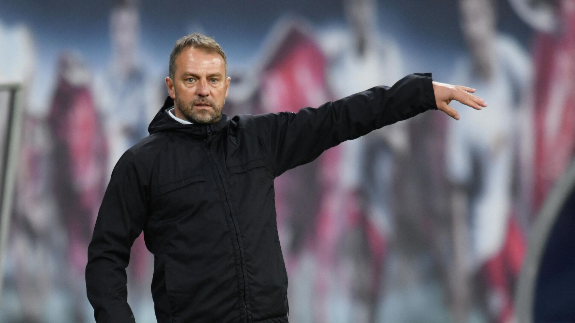 Bayern Munich's German head coach Hans-Dieter Flick reacts from the sidelines during the German first divison Bundesliga football match between RB Leipzig and FC Bayern Munich in Leipzig, eastern Germany, on April 3, 2021. (Photo by ANNEGRET HILSE / POOL / AFP) / DFL REGULATIONS PROHIBIT ANY USE OF PHOTOGRAPHS AS IMAGE SEQUENCES AND/OR QUASI-VIDEO - РИА Новости, 1920, 12.04.2021