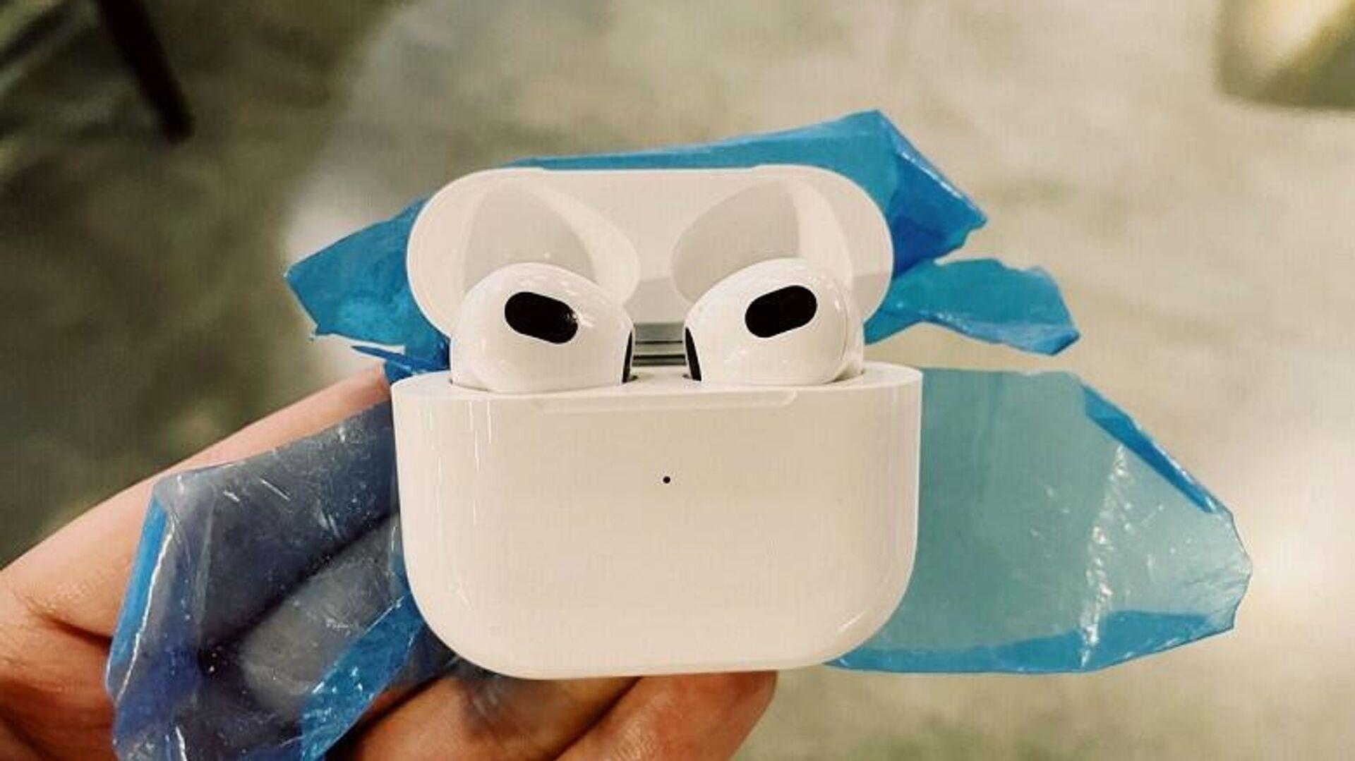 Новые наушники Apple AirPods 3 рассекретили до презентации