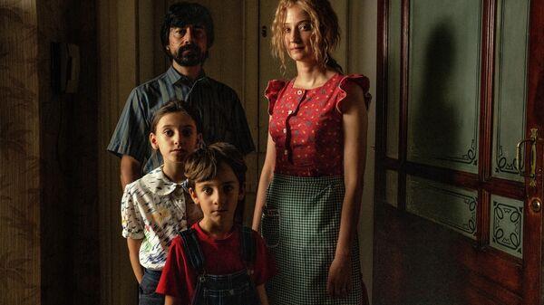 Кадр из фильма Порочная связь