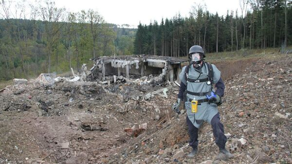 Полиция на месте взрыва в Врбетице в 2014 году