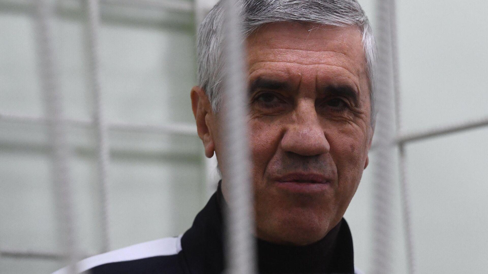 В Красноярске начались слушания по делу бизнесмена Быкова