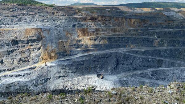 Исследование геомеханических процессов на рудных месторождениях